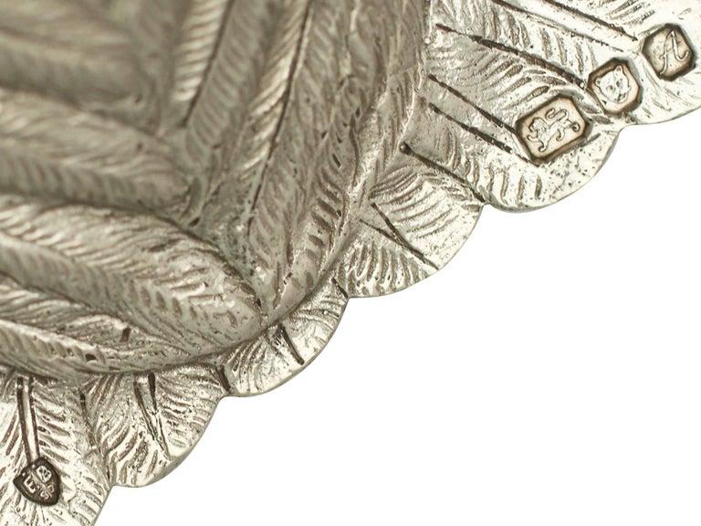 Vintage Elizabeth II Sterling Silver Owl Pepperettes For Sale 4