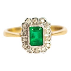 Vintage Emerald and 9 Carat Gold Ring