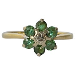 Vintage Emerald and Diamond 18 Carat Gold Daisy Cluster Ring