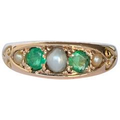 Vintage Emerald and Pearl 15 Carat Gold Band