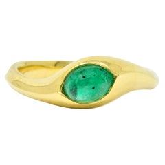 Vintage Emerald Cabochon 18 Karat Gold Eyelet Band Ring, circa 1990s