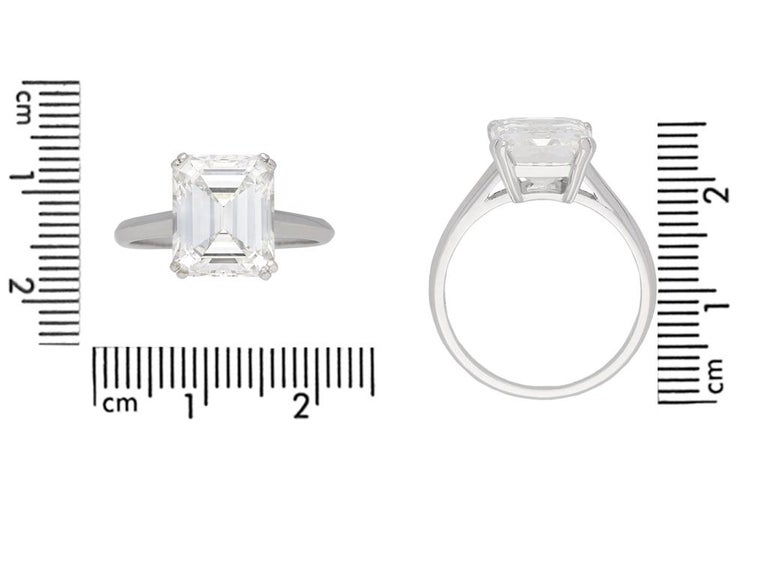 Women's or Men's Vintage Emerald-Cut Diamond Solitaire Diamond Ring, circa 1950 For Sale