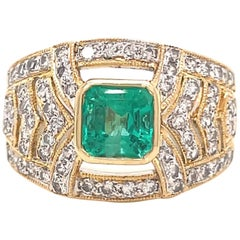 Vintage Emerald Diamond 18 Karat Gold Ring