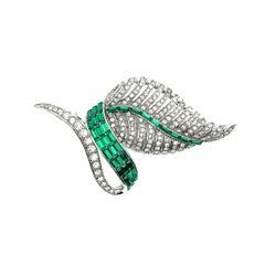 Vintage Emerald Green Crystal Leaf Brooch, 1950s