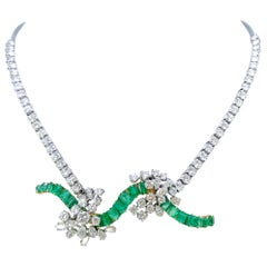 Vintage Emeralds and Diamonds 18 Karat Gold Necklace