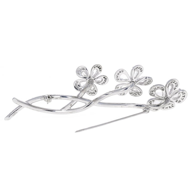 Vintage, En tremblant, Rose Cut Diamond Flower Brooch In Excellent Condition For Sale In Beverly Hills, CA