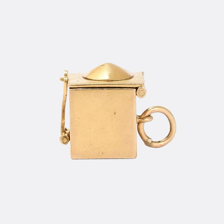 Vintage Enamel Gold Jack in the Box Charm In Good Condition For Sale In Sale, Cheshire