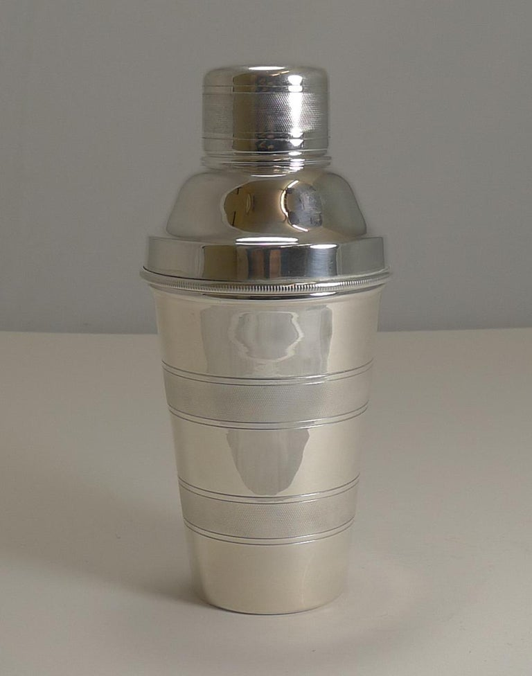 Vintage English Art Deco Engine Turned Cocktail Shaker by Mappin & Webb For Sale 2