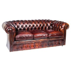 Vintage English Button Back Leather Chesterfield Sofa, Mid 20th Century