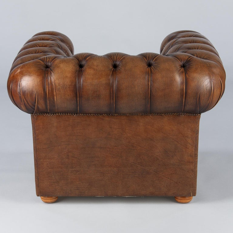 Vintage English Chesterfield Armchair in Brown Leather ...