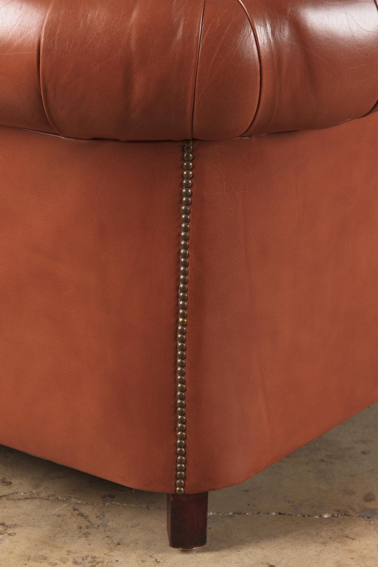 Vintage English Leather Chesterfield Sofa, 1960s For Sale 10