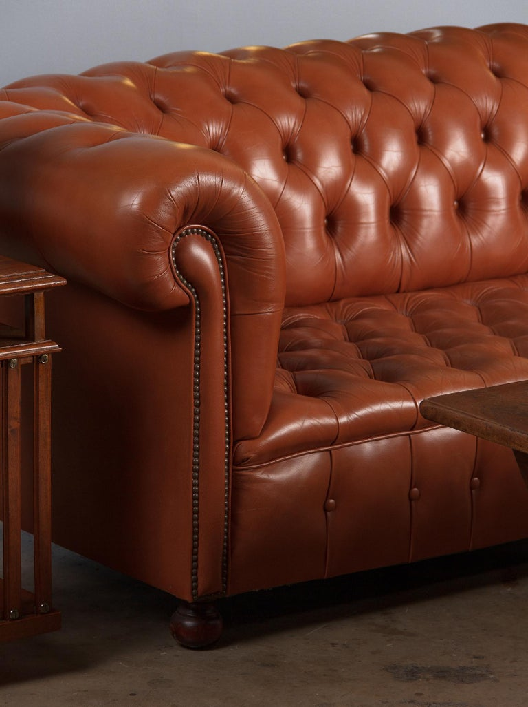 Vintage English Leather Chesterfield Sofa, 1960s For Sale 13