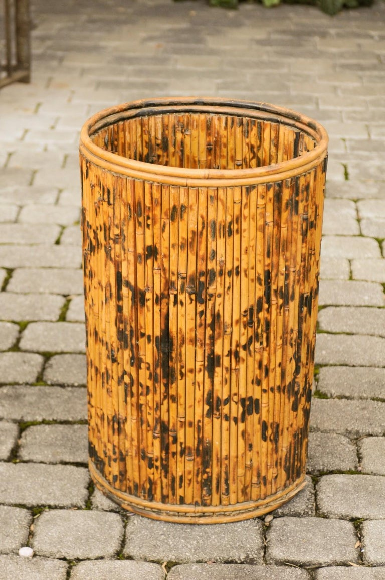 Vintage English Midcentury Bamboo Circular Umbrella Stand with Mottled Finish For Sale 3