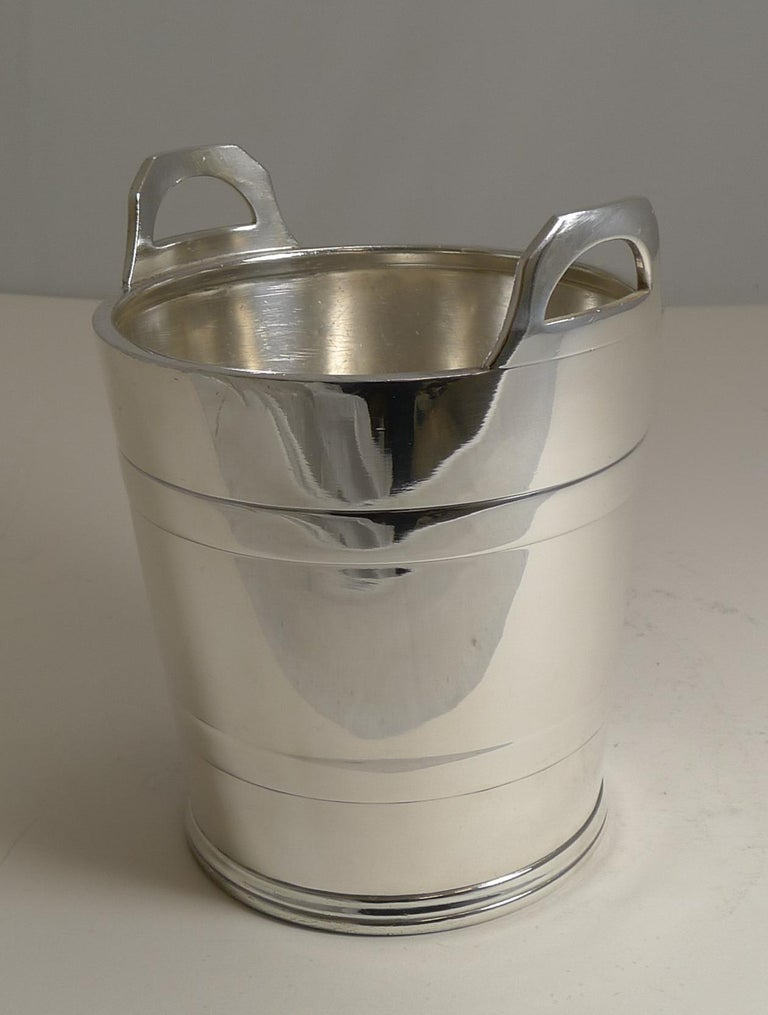 Art Deco Vintage English Silver Plated Ice Bucket by Elkington and Co. For Sale