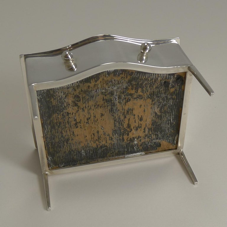 Vintage English Sterling Silver Jewelry / Ring Box in the Form of a Dresser For Sale 1