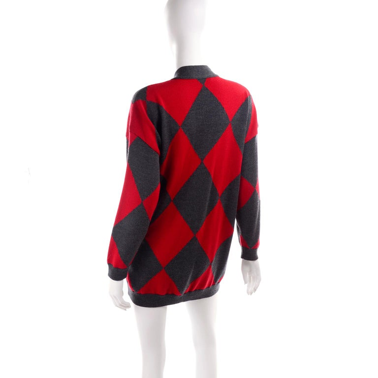 Vintage Escada Red & Black Fleur De Lis Harlequin Oversized Cardigan Sweater For Sale 1