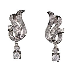 Vintage Estate 18 Karat White Gold Diamond Earrings