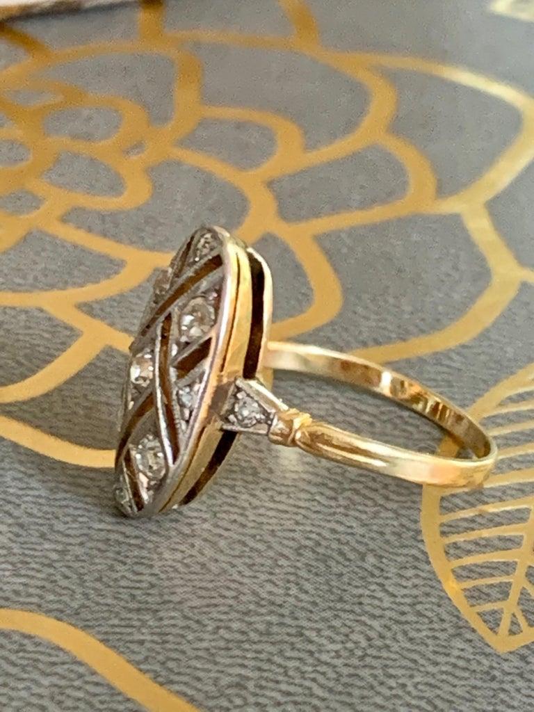 Women's Vintage Euro Cut Diamonds Platinum Top 18 Karat Yellow Gold Ring For Sale