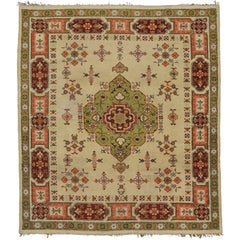 Vintage European Area Rug with Traditional Style