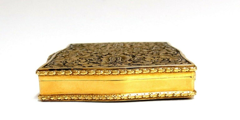 Vintage European Artisan Graver Gold Box Keepsake 18 Karat For Sale 2