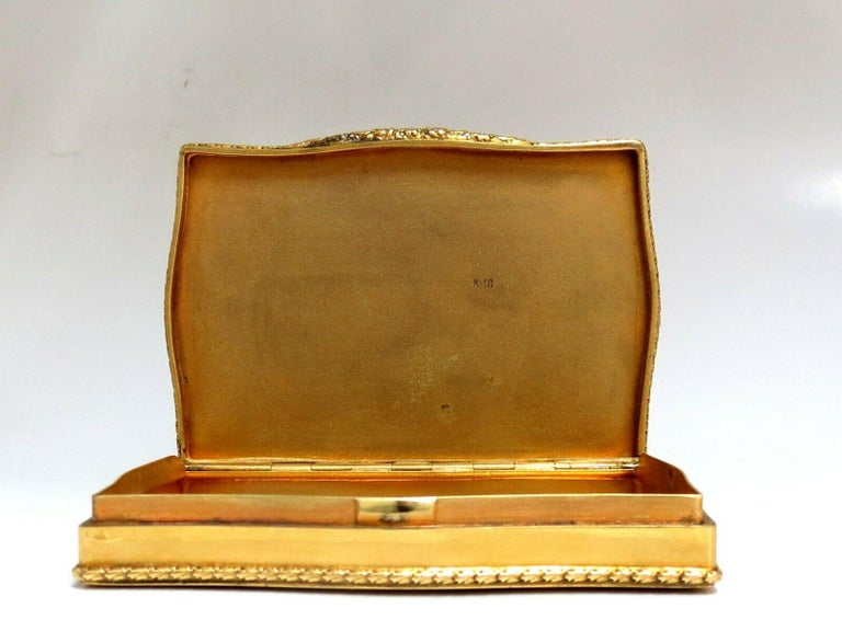 Vintage European Artisan Graver Gold Box Keepsake 18 Karat For Sale 5
