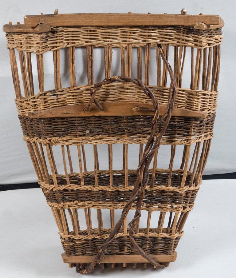 Vintage European Field Basket, 20th Century For Sale 5