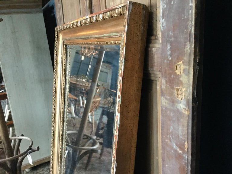 Vintage European Gilded Mirror For Sale 1
