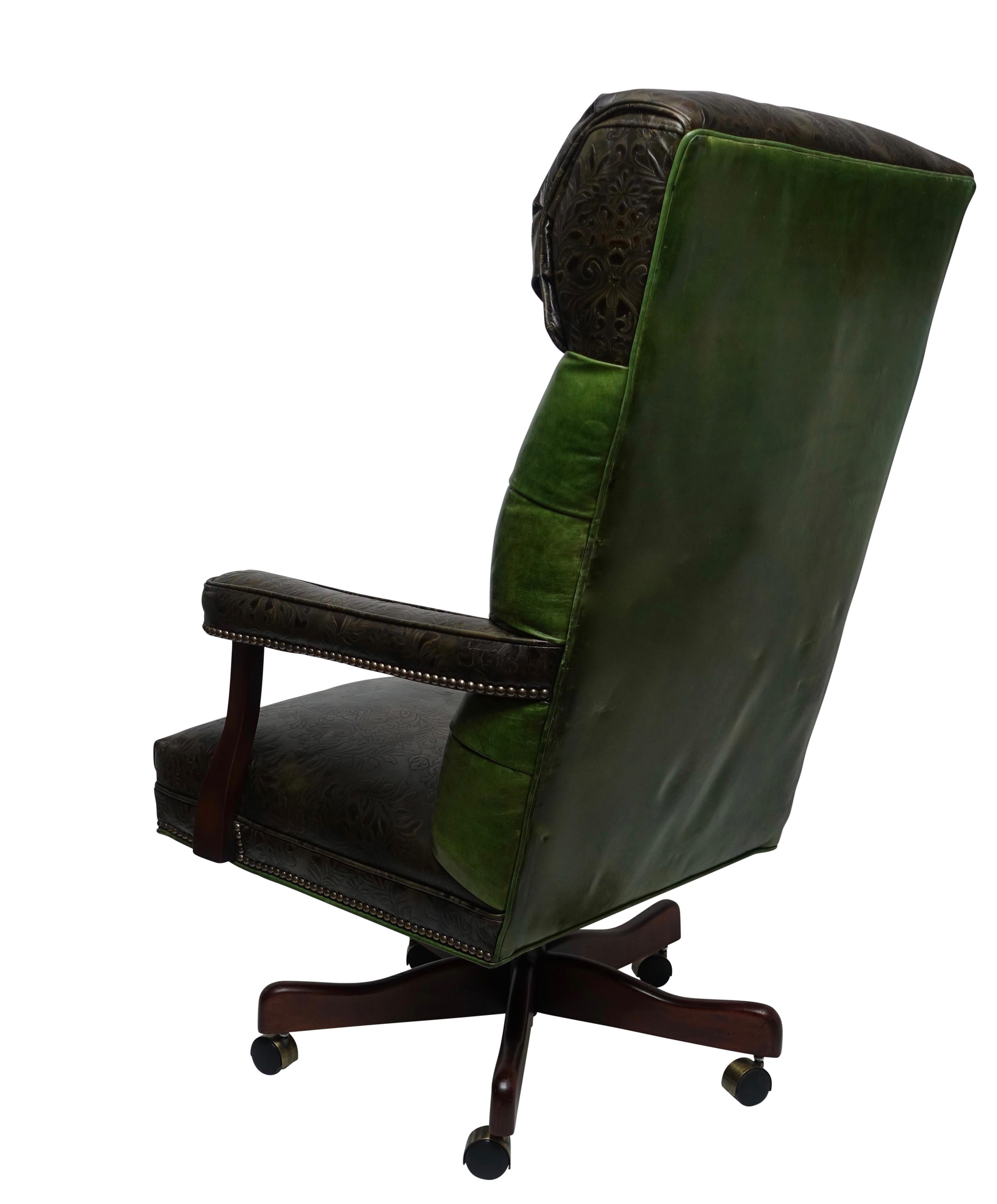 Vintage Executive Leather Office Desk Library Chair