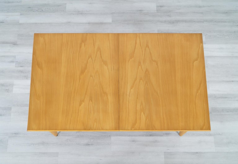 Vintage Expanding Dining Table by Paul Laszlo for Brown Saltman For Sale 6
