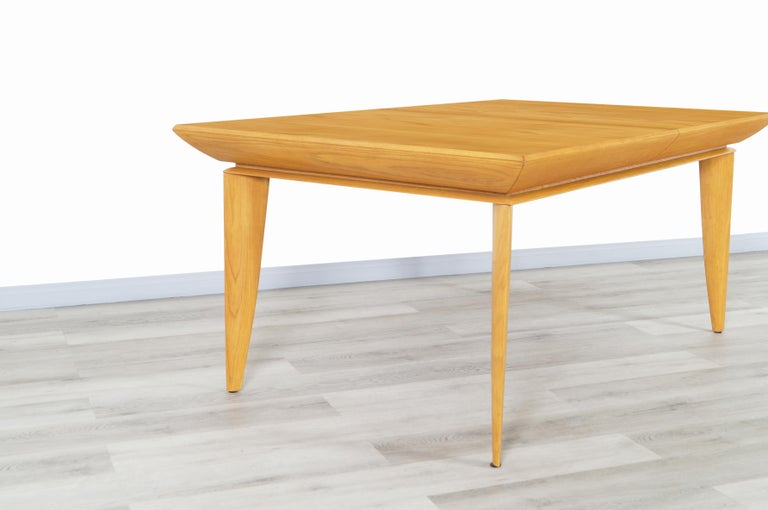 American Vintage Expanding Dining Table by Paul Laszlo for Brown Saltman For Sale