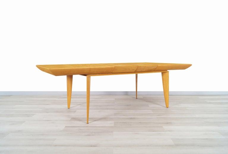 Oak Vintage Expanding Dining Table by Paul Laszlo for Brown Saltman For Sale