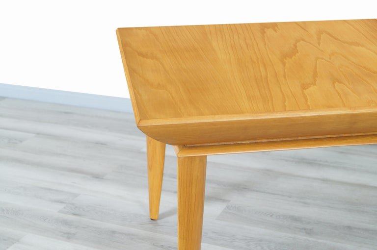 Vintage Expanding Dining Table by Paul Laszlo for Brown Saltman For Sale 1