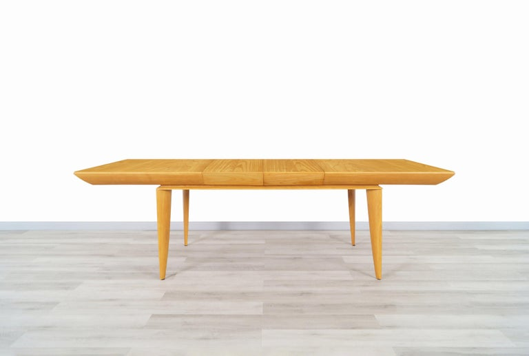 Vintage Expanding Dining Table by Paul Laszlo for Brown Saltman For Sale 2