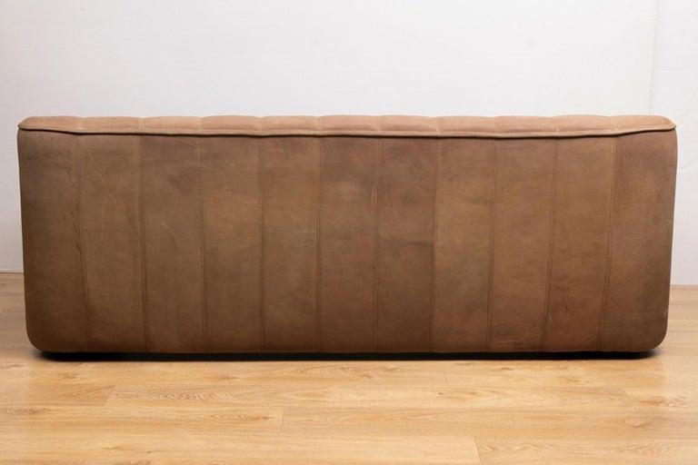 Mid-Century Modern Vintage Extending Leather Sofa by De Sede DS44