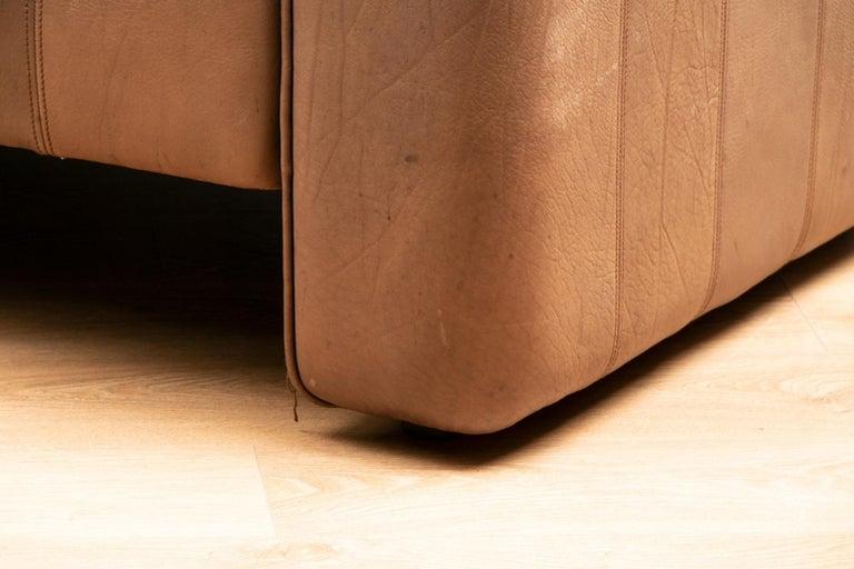 Swiss Vintage Extending Leather Sofa by De Sede DS44