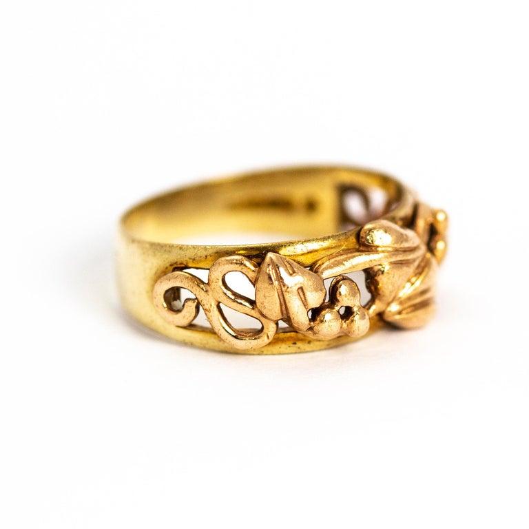 Women's or Men's Vintage Fancy 9 Carat Gold Wedding Band For Sale