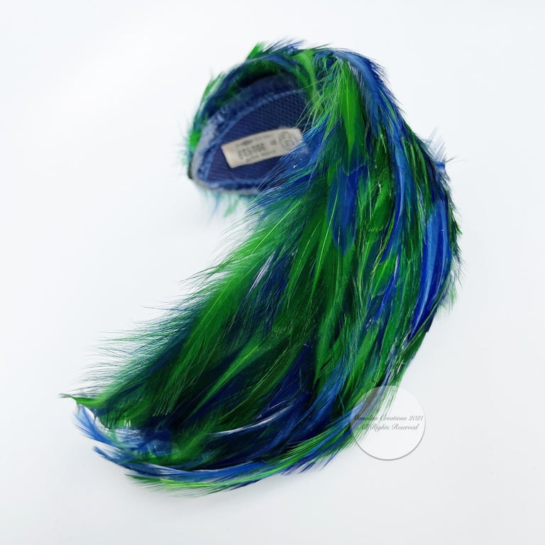 Vintage Fascinator Hat with Peacock Color Feathers OSFM For Sale 7