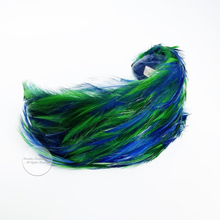 Vintage Fascinator Hat with Peacock Color Feathers OSFM For Sale 1