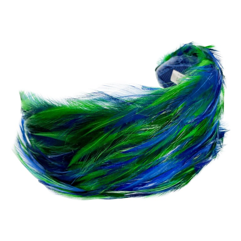 Vintage Fascinator Hat with Peacock Color Feathers OSFM For Sale