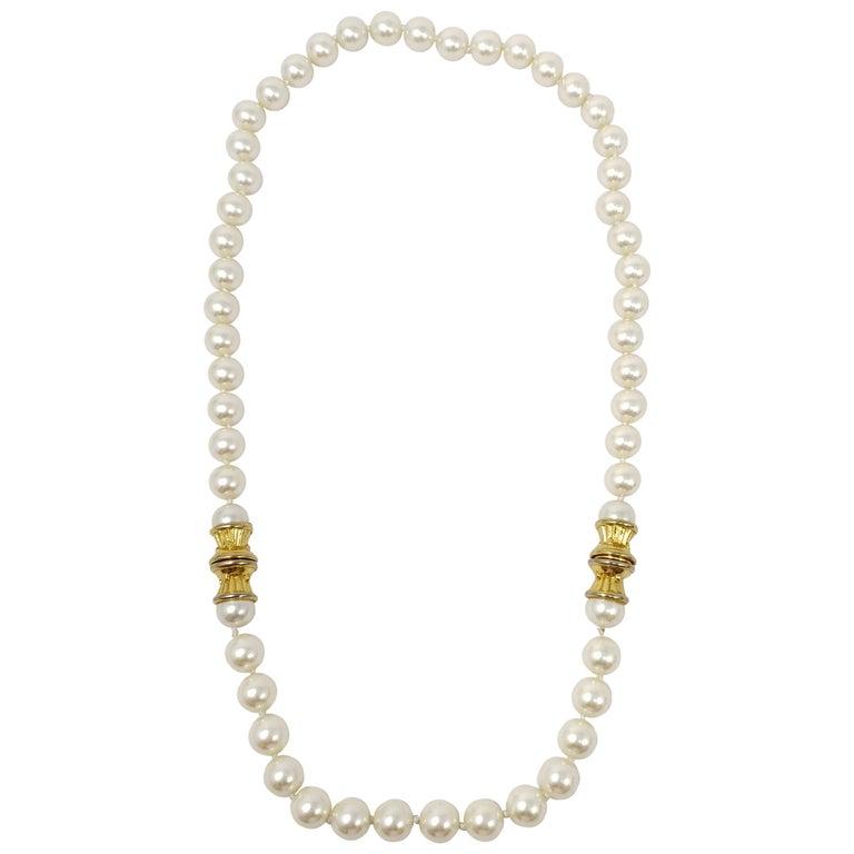 HA Vintage 19 Flat Beaded Necklace 542