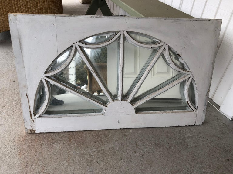 Vintage Federal Style Palladium Mirrored Window In Fair Condition For Sale In Redding, CT