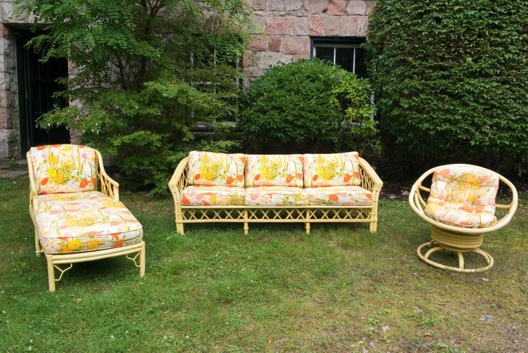 Vintage Ficks Reed Faux Bamboo Chinoiserie Style Sofa For Sale 2