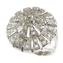 Vintage 1950s Ring as a Radiant Diamond Wheel
