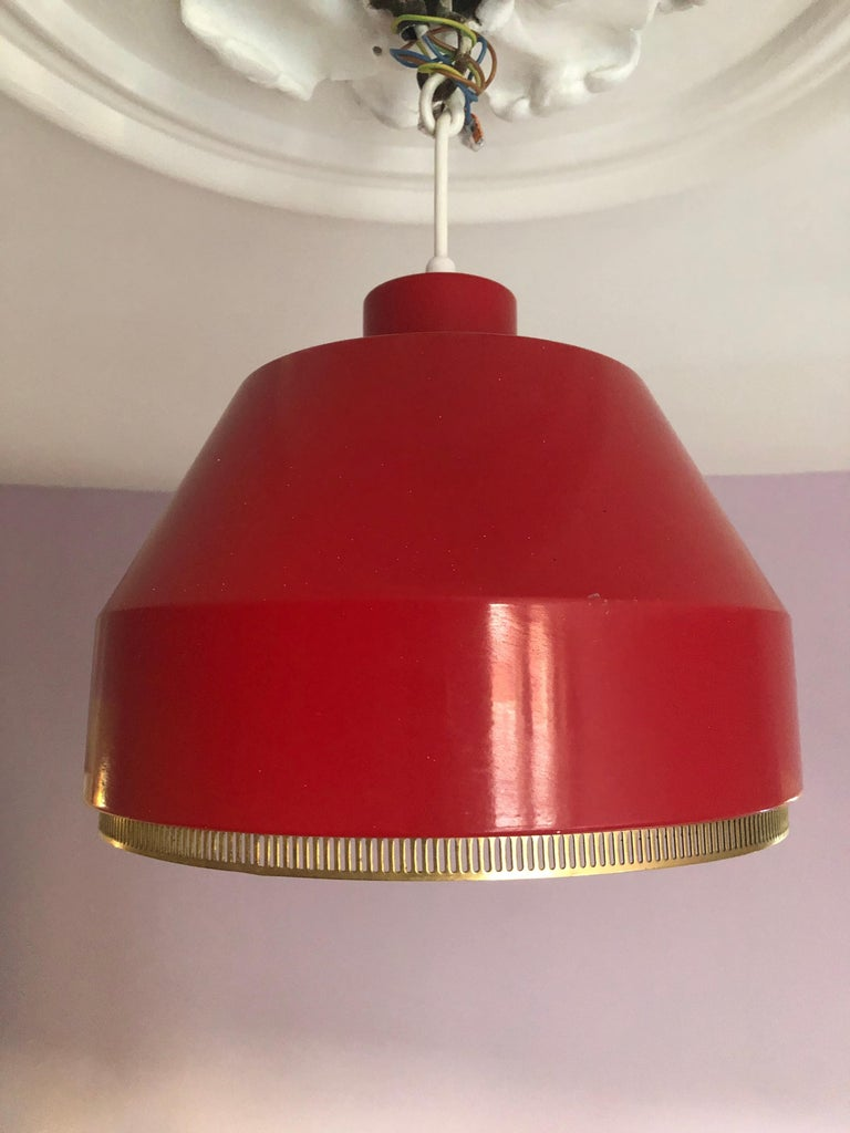 Vintage Finnish 1941 Aino Aalto Pendant Light Model AMA500 in Red For Sale 3