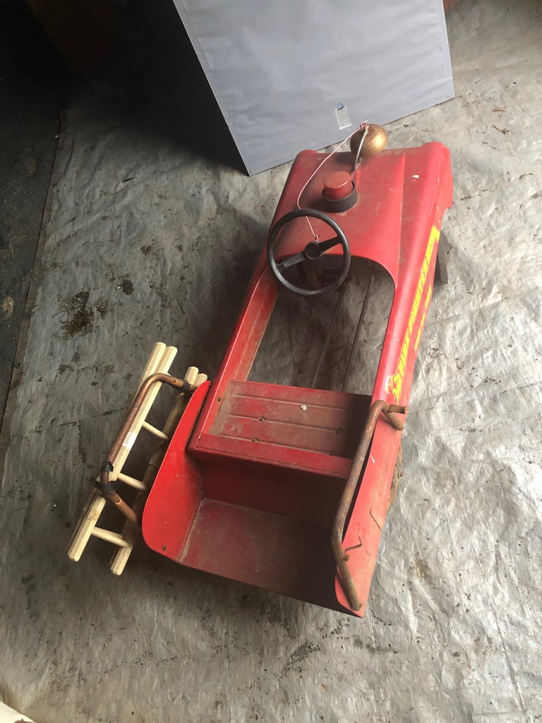 Vintage Fire Engine Toy Pedal Car with Ladders For Sale 2