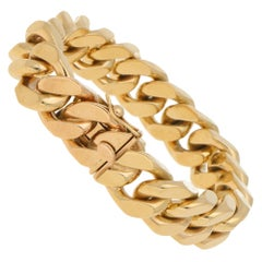 Vintage Flat Curb Link Chain Bracelet in 9k Yellow Gold