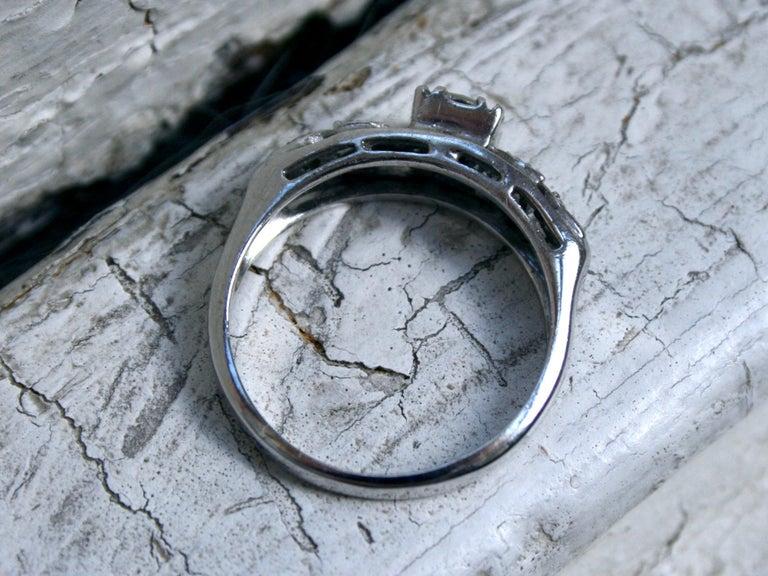 Art Nouveau Vintage Floral 14 Karat White Gold Diamond Ring Engagement Ring, 0.54 Carat For Sale