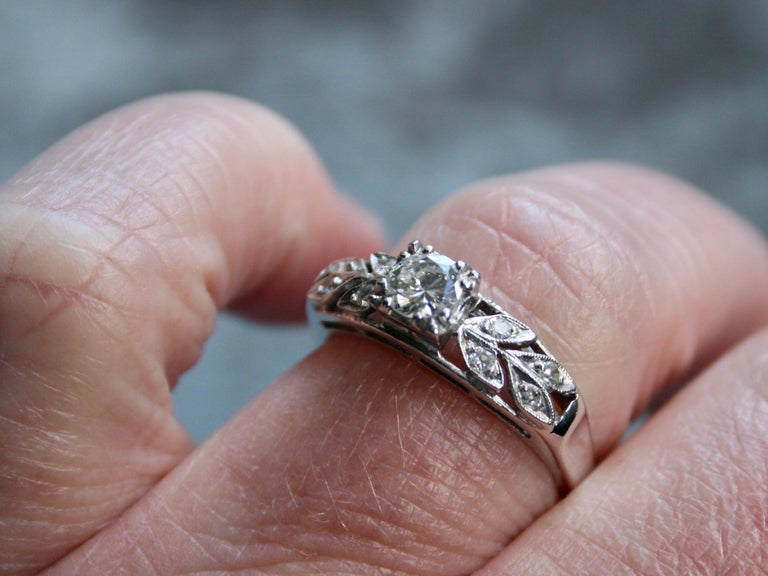 Vintage Floral 14 Karat White Gold Diamond Ring Engagement Ring, 0.54 Carat In Good Condition For Sale In San Francisco, CA