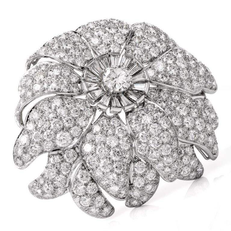 Vintage Floral Motif Diamond Platinum Lapel Pin Brooch Pendant In Excellent Condition For Sale In Miami, FL