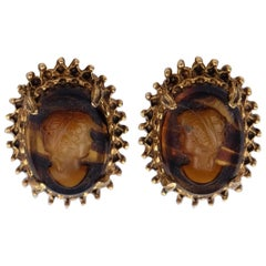 Vintage Florenza Cameo Plastic Clip-on Earrings